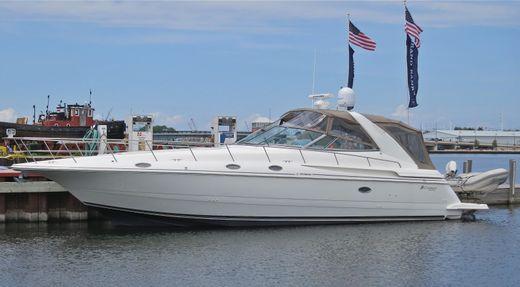 1997 Cruisers Yachts 4270