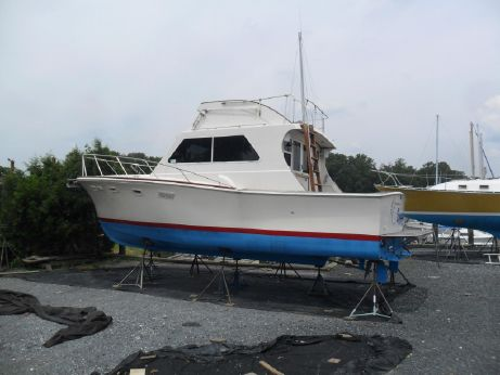 1973 Egg Harbor 33 Sport Fisher