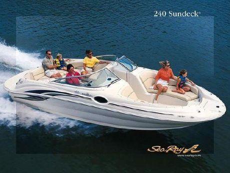 2001 Sea Ray 240 Sundeck