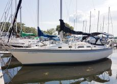 1984 Hunter 34 Sloop