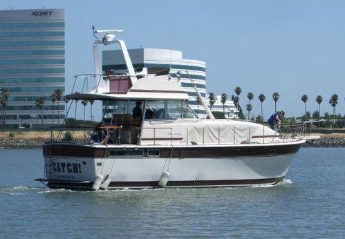 1982 Chris-Craft 410 Commander Yacht