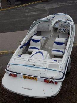 2005 Maxum 1800SR3