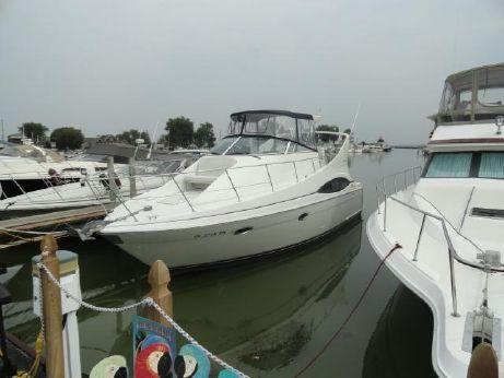 2003 Carver 350 Mariner - FRESHWATER ONLY