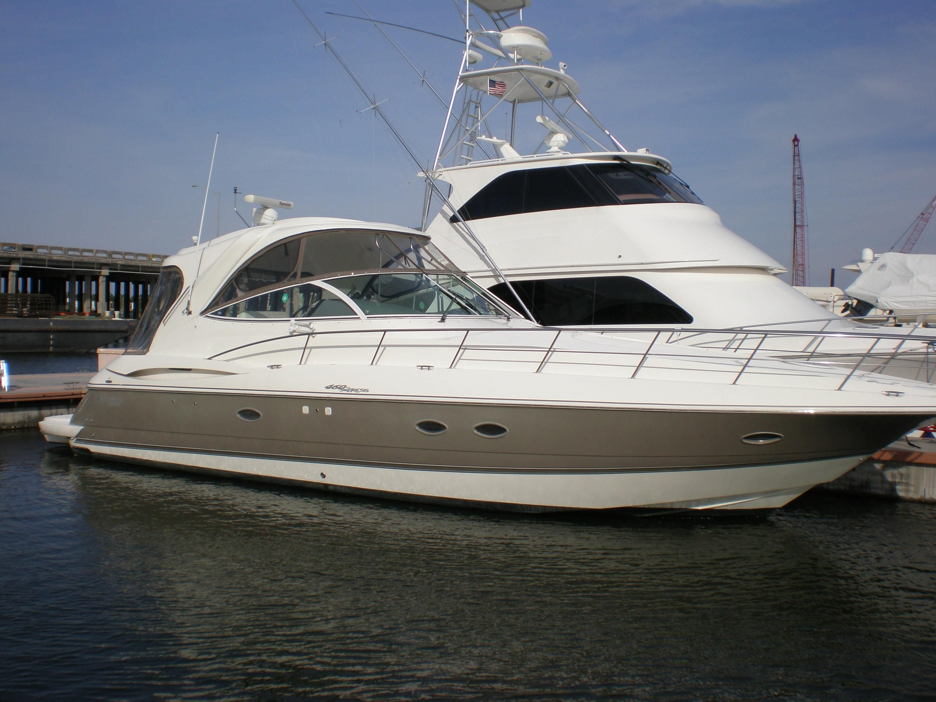 2006 Cruisers Yachts 460 Express Power Boat For Sale - www.yachtworld.com