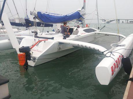 2015 Hudson Yachts trimaran AIRPLAY 30Sport PLUS