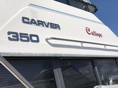 1993 Carver 350 Aft Cabin