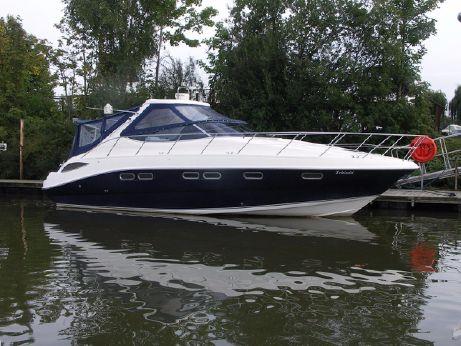 2004 Sealine S42