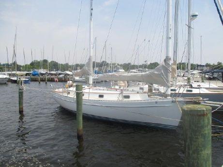 1982 Freedom Yachts 33