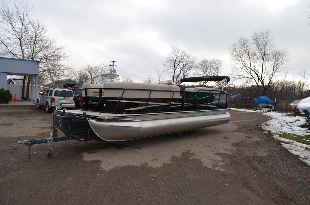 Stillwater (MN) United States  city photo : 2016 Bentley 240 Cruise Power Boat For Sale www.yachtworld.com