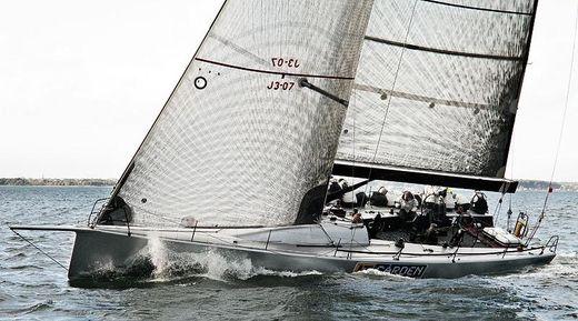 2004 Tp 52