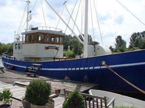 1946 Cutter Live aboard