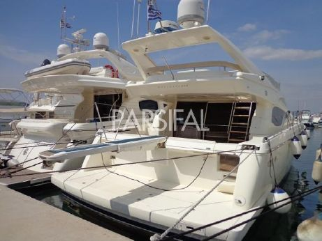 2003 Ferretti Yachts 590