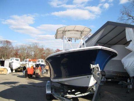 2012 Sea Hunt Triton 210