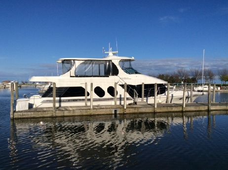 2002 Bluewater Yachts 5800 Millenium