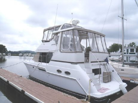 2002 Carver 356 Motor Yacht