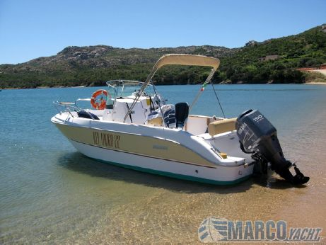 2007 Sessa Key Largo 22 Deck