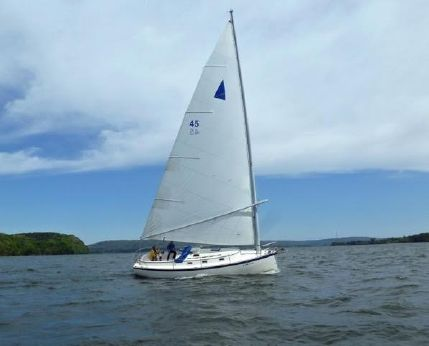 1980 Nonsuch 30