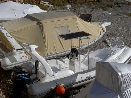 2010 I.t Marine Wave 560