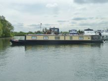 1993 Marque Narrowboats featuring Traditional Stern