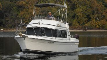 1988 Carver Yachts Voyager 28
