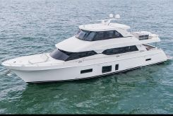 2019 Ocean Alexander 88 Motoryacht Skylounge