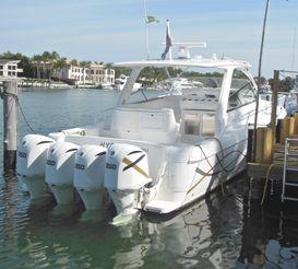 thumbnail photo 0: 2012 Intrepid 475 Sport Yacht