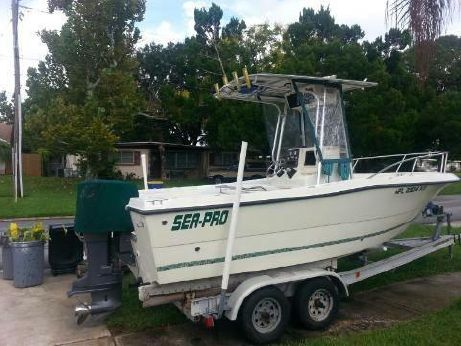 1998 Sea Pro 210 Center Console