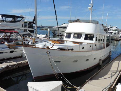 1982 Marine Trader 44 Europa