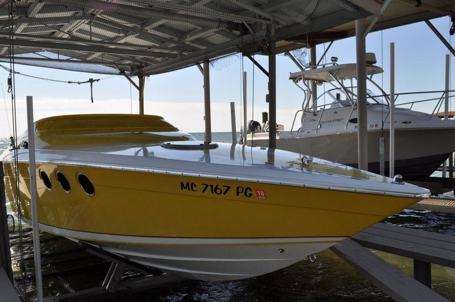 1990 donzi 30 black widow power boat for sale yachtworld swarovskicordoba Image collections
