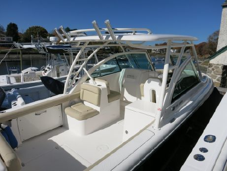 2016 Pursuit DC 265 Dual Console