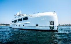 2017 Mengi Yay Trawler 32M