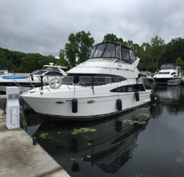 2004 Carver Yachts 360 sports sedan