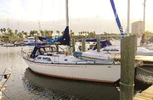 1981 C&C 40 Centerboard Cruiser