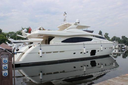 2010 Ferretti 881