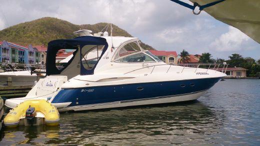 2003 Cruisers Yachts 440 Express