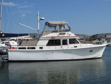 1991 Marine Trader Double Cabin