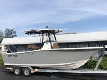 2019 Sea Pro 239 Center Console