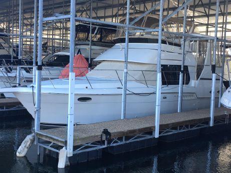 2000 Carver Yachts 356 Motor Yacht