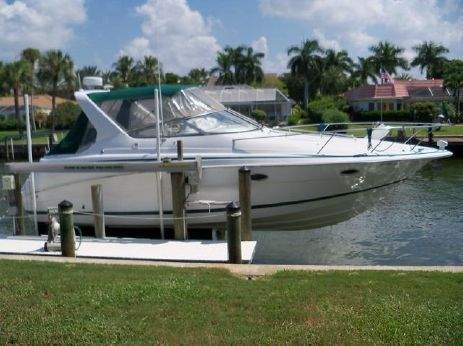 1999 Chris-Craft 328 Express Cruiser