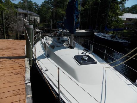 1984 C&C Yachts 35