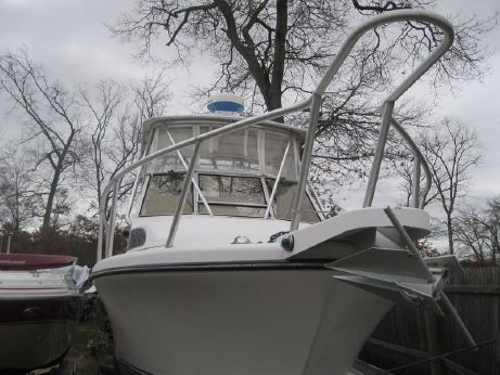 1994 Shamrock 26 Express Fish