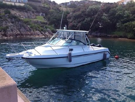2005 Boston Whaler 275 Conquest