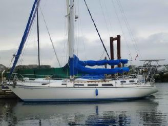 1981 Catalina Sloop 38