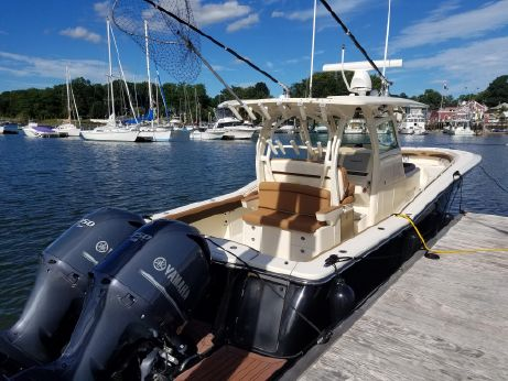 2012 Scout Boats 345 XSF