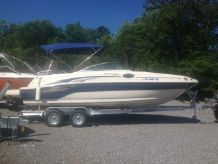 2003 Sea Ray 240 Sundeck