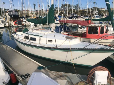 1983 Newport Sloop w/Oceanside Slip