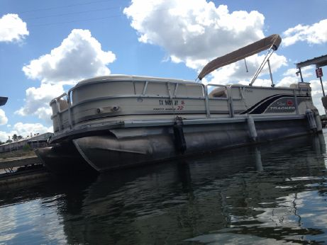 2003 Tracker Sun Tracker Party Barge 22