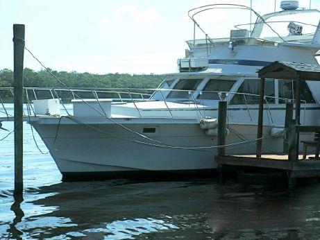1982 Uniflite 48 Yacht Fisherman