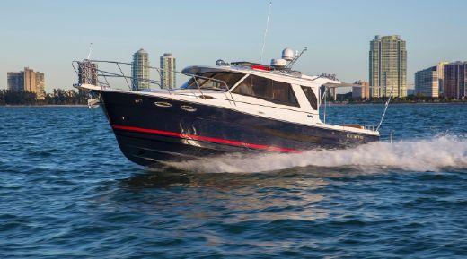 2015 Cutwater C30 Sedan