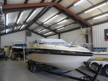 2000 Crownline 210 CCR w/Trailer